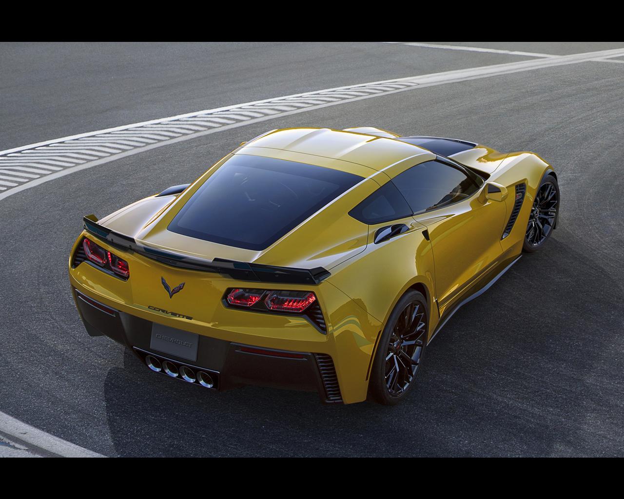 Chevrolet Corvette Stingray ZO6 and C7R 2015