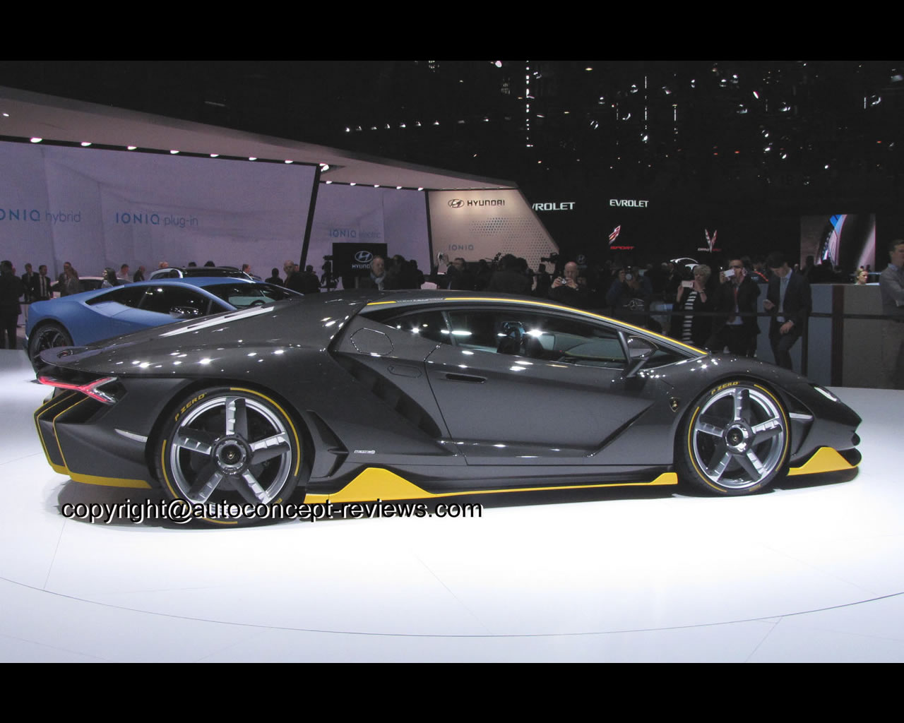 Cars Com Reviews >> Lamborghini Centenario 2016