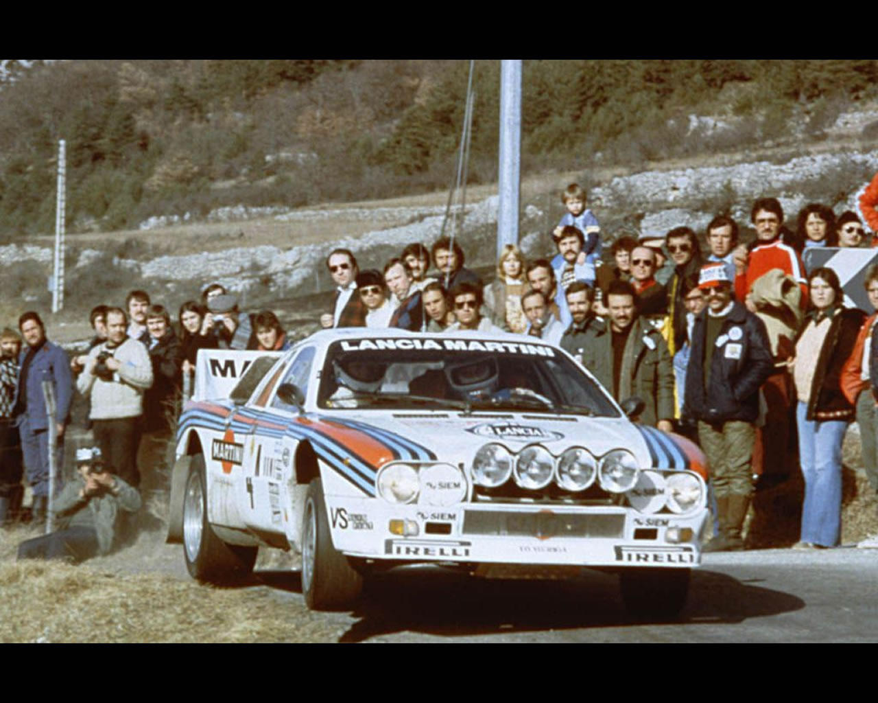 http://www.autoconcept-reviews.com/cars_reviews/lancia/lancia-rally-037-stradale-group-b-1980-84/wallpapers/lancia-rally-037-stradale-group-b-1980-843.jpg