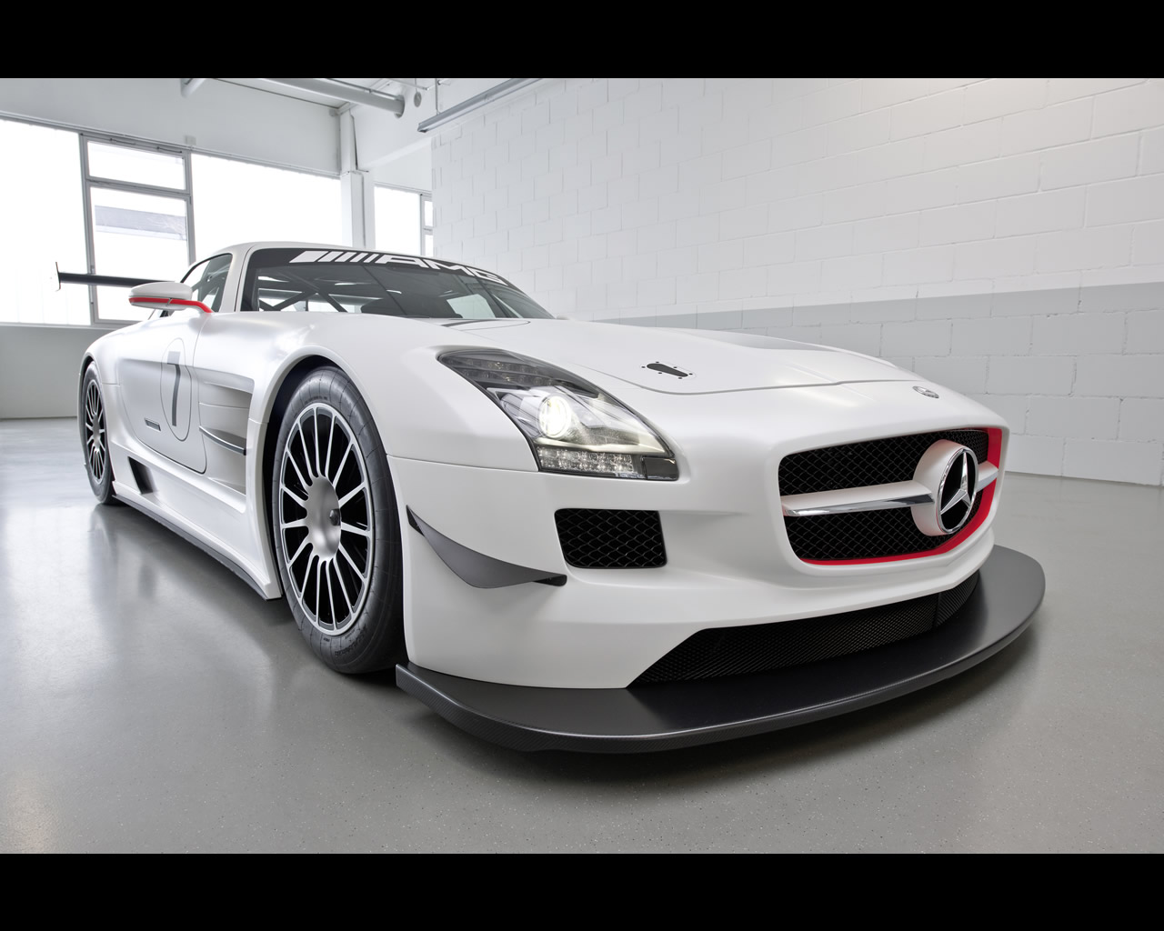 mercedes sls amg gt3 2010. Black Bedroom Furniture Sets. Home Design Ideas