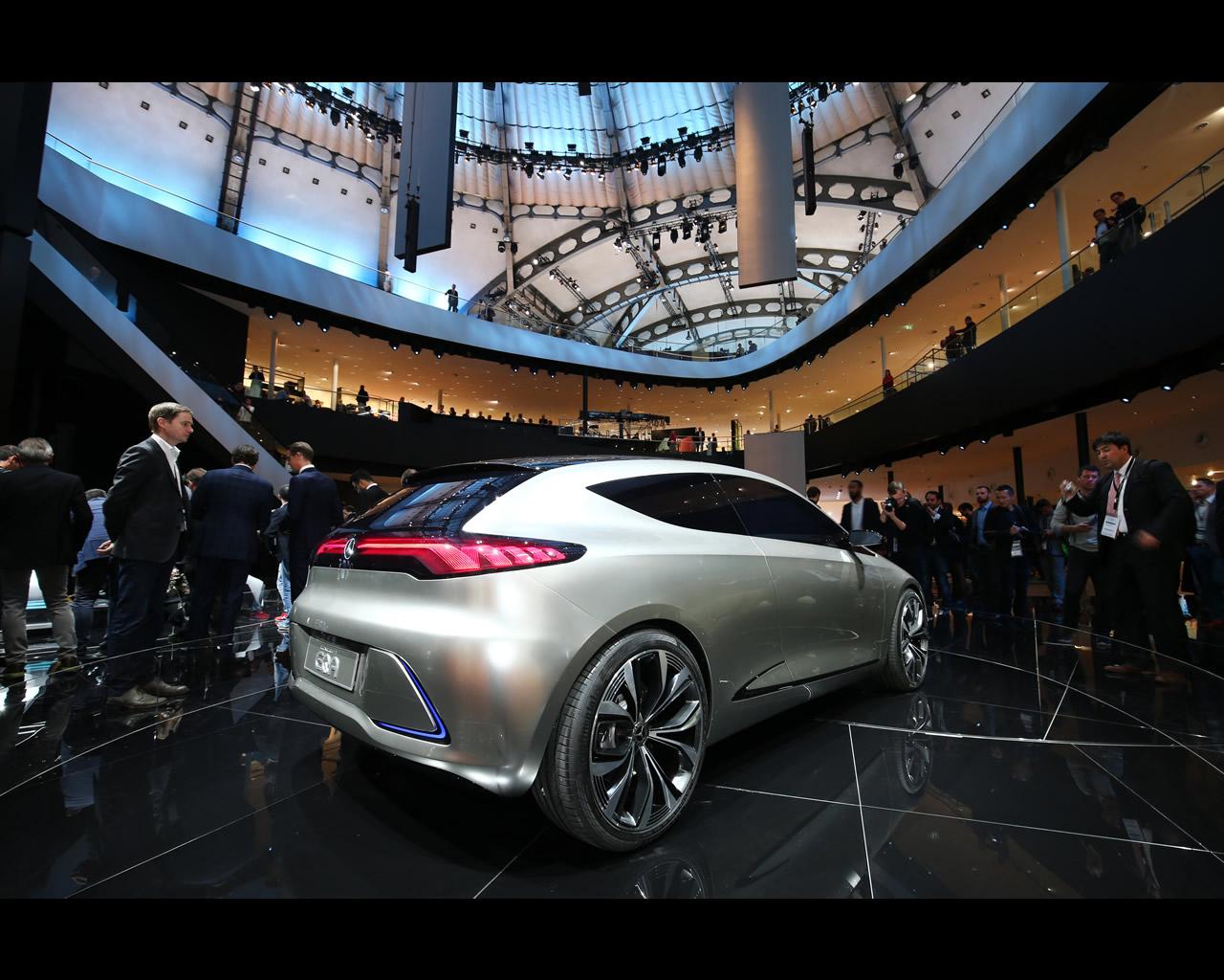 Mercedes Benz EQA Electric Concept 2017