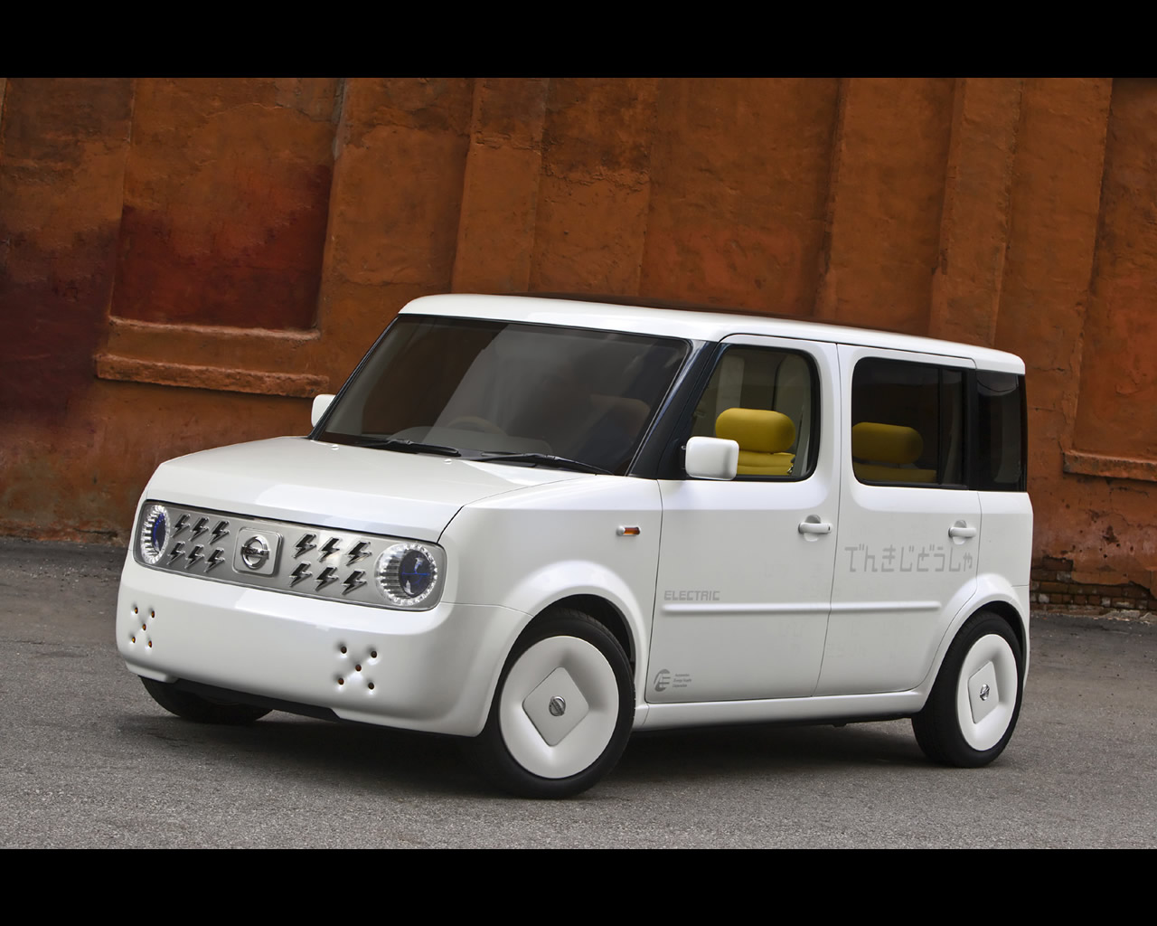 Nissan Denki Cube Electric Car Concept 2008