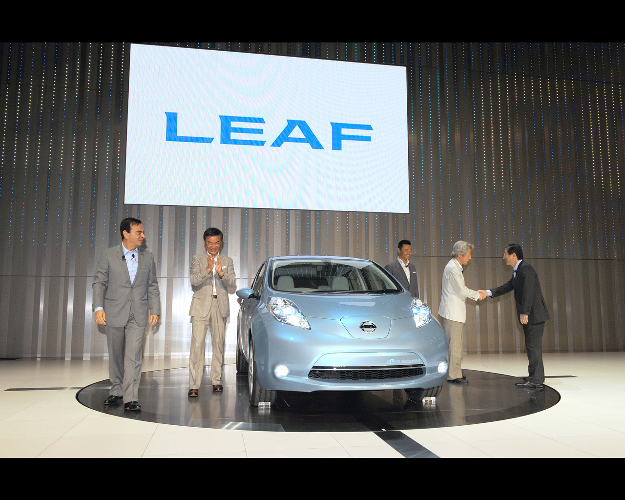 Leaf electric prototype 2009 nissan leaf electric prototype 2009 vanachro Gallery