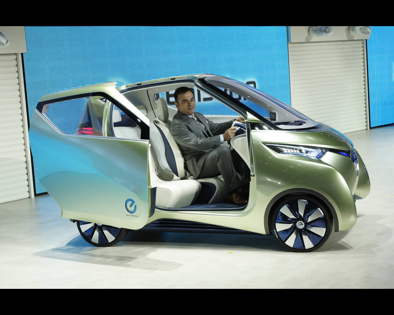 2011 nissan pivo 3 concept image collections hd cars wallpaper nissan pivo 3 electric urbanmuter concept 2011 vanachro Gallery