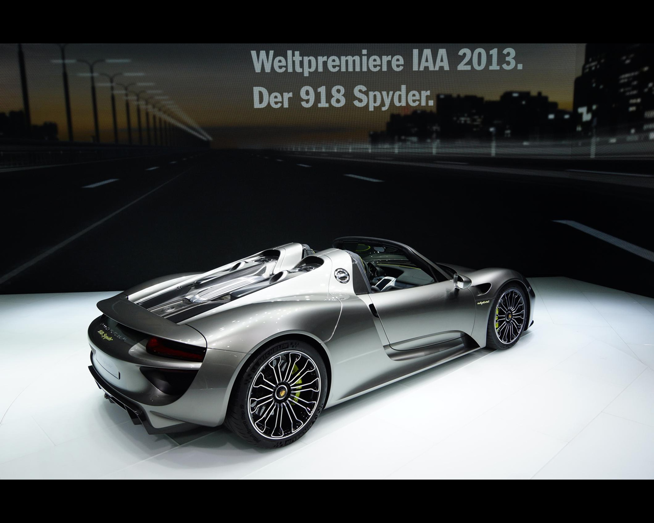 2014 porsche 918 spyder specs cnet. Black Bedroom Furniture Sets. Home Design Ideas
