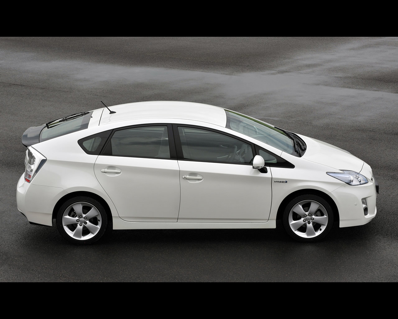 toyota prius iii 3rd generation hybrid 2009. Black Bedroom Furniture Sets. Home Design Ideas