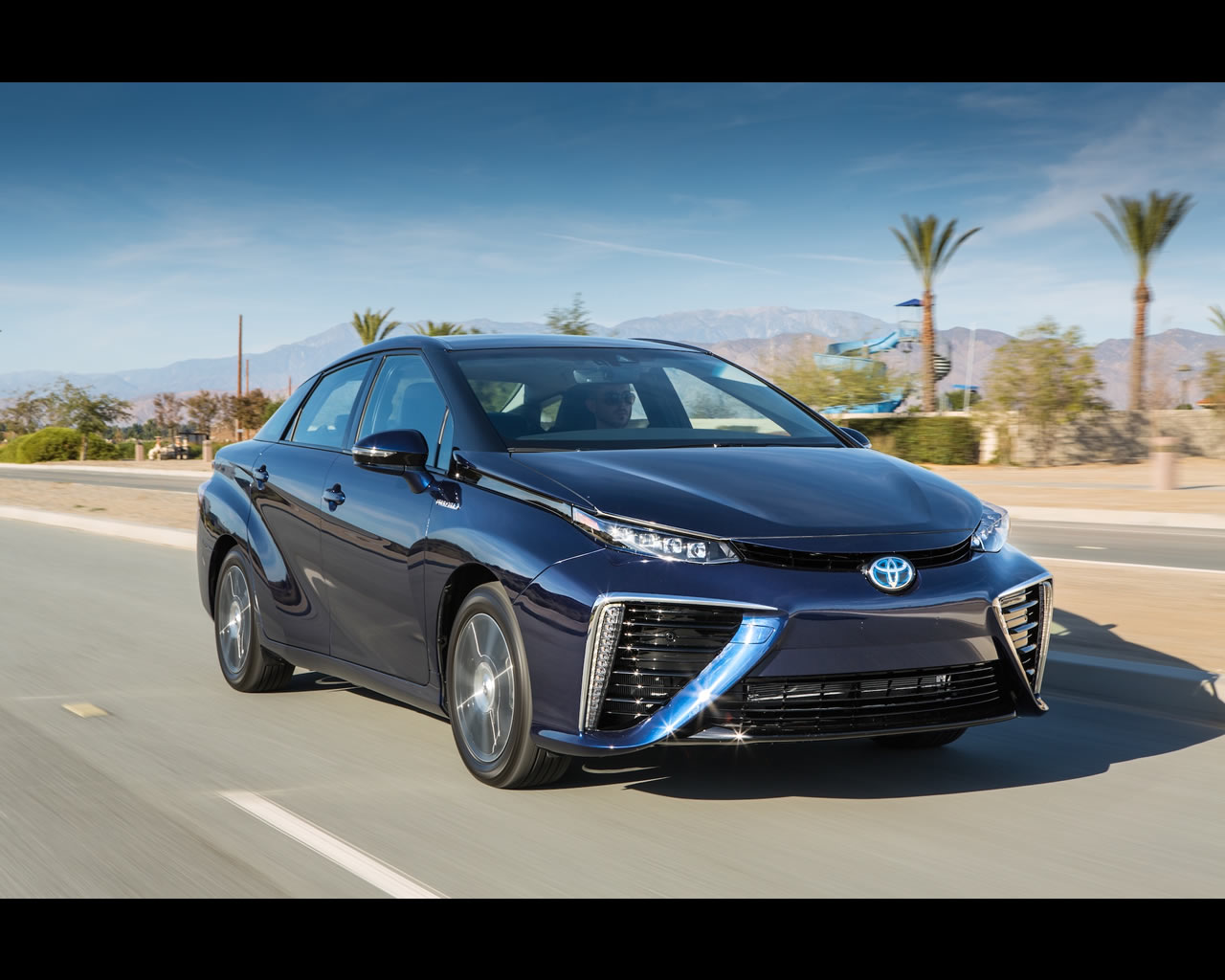 toyota mirai hydrogen fuel cell 2015. Black Bedroom Furniture Sets. Home Design Ideas