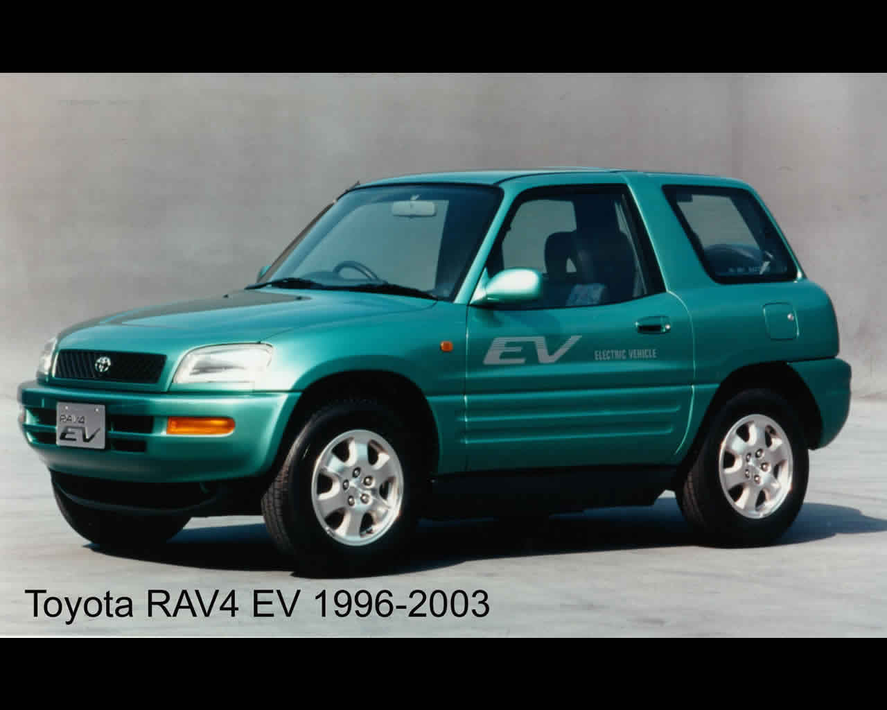 Toyota rav 4 electric car 2011 toyota rav 4 electric car 2011 and 1996 green rav4 sciox Choice Image