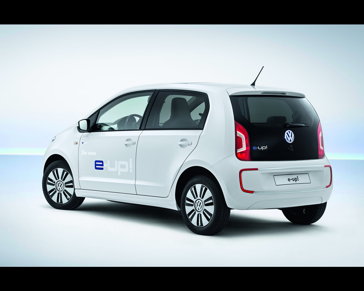 volkswagen e golf and e up electric cars 2013. Black Bedroom Furniture Sets. Home Design Ideas