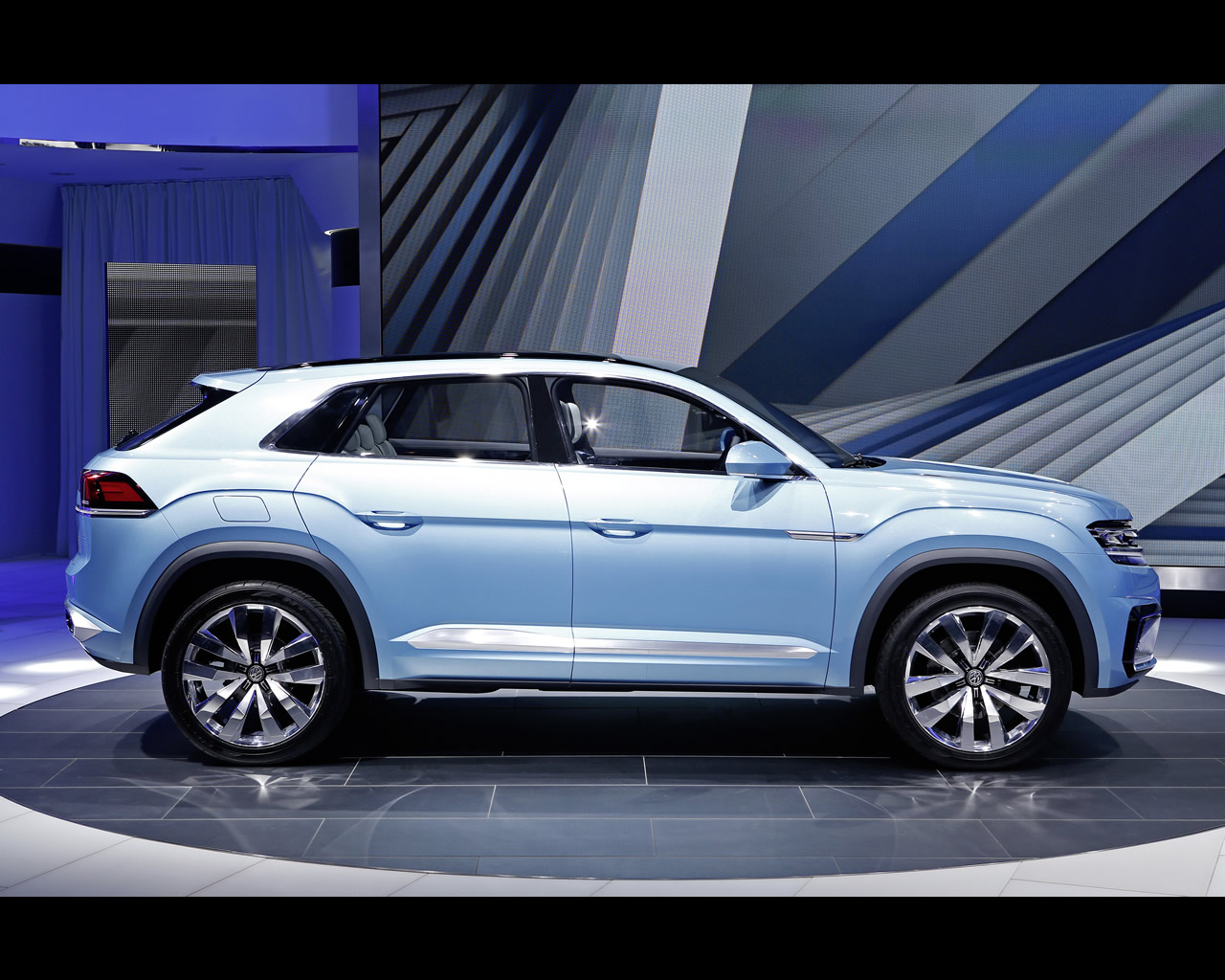 Volkswagen plug in hybrid cross coupe gte concept 2015